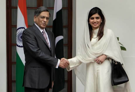 SM Krishna and Hina Rabbani Khar